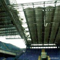 Poland: Ice rips roof of Wisła Kraków stadium