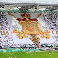 Warsaw: Legia's championship with 'papal' celebration and attendance record