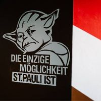 Hamburg: Sankt Pauli supporters paint their new stand