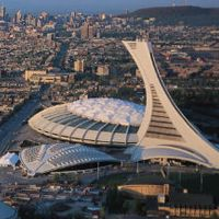 Canada: Almost 3,000 rips and tears already on Montreal Olympic Stadium's roof
