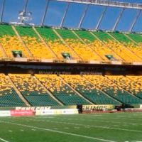 Canada: Edmonton's Commonwealth Stadium gets recoloured