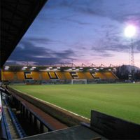 New stadiums: Cambridge, Torquay, Macclesfield i Dagenham
