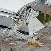 Sao Paulo: Arena Corinthians under construction again