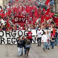Italy: Reggiana supporters protest absurd stadium problems