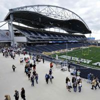 Winnipeg: Contractor places lien on Investors Group Field