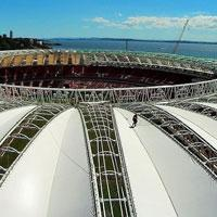 Porto Alegre: 'Palm-leaf' membrane installed atop Beira-Rio