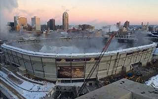 Minneapolis: Roof implosion carried out flawlessly