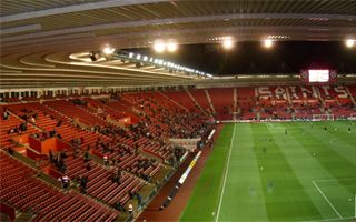 Southampton: St. Mary's Stadium changes floodlights to LED