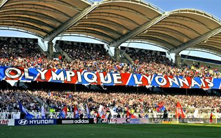 Lyon: Attendance record ahead of stadium move
