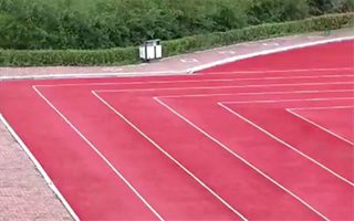 China: Rectangular running track to avoid delays