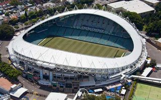 Sydney: Two smaller stadiums instead of saving large ones?