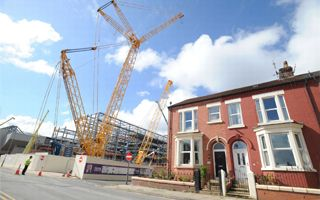 Liverpool: Crawler cranes arrive at Anfield