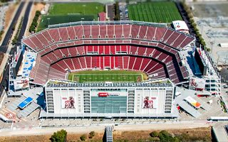 California: Levi's Stadium blinds pilots