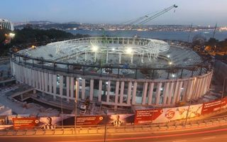 Istanbul: Roof rests proudly above Vodafone Arena
