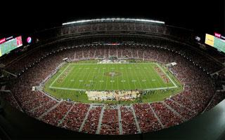 San Jose: Pilots really blinded by stadium lights