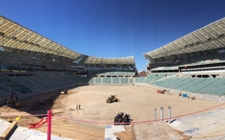 Regina: Field installation begins at Mosaic Stadium