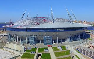 St. Petersburg: Contractors change, but mess prevails