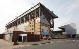 London: Upton Park demolition begins
