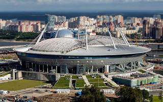St. Petersburg: Roof closing at Zenit Arena