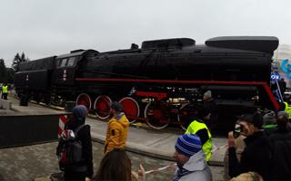 Poland: Locomotive proudly presented at INEA Stadion
