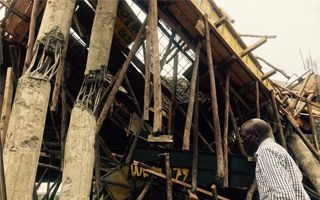 Kenya: A step from tragedy as piece of stadium collapses