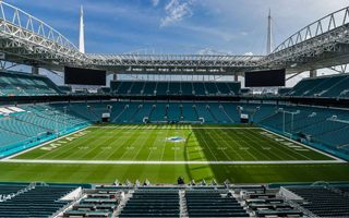 Miami: Reduced capacity, greater revenue
