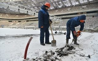 Moscow: Work on time despite arctic weather