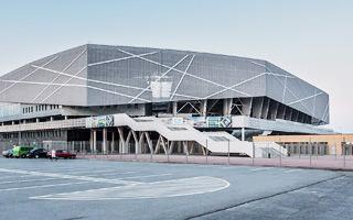 Lviv: Crisis again, no tenant at Arena Lviv