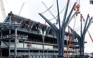 "London: Tottenham shows its steel ""trees"""