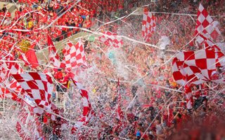 Poland: Widzew breaks one more season ticket record