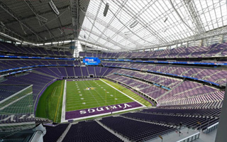 Minneapolis: U.S. Bank Stadium needs to buy curtains