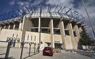 Jerusalem: Teddy Stadium covering to begin soon