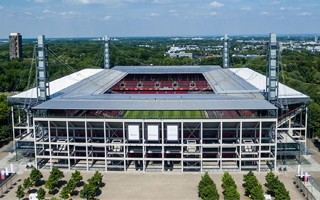 Cologne: RheinEnergie extends naming contract