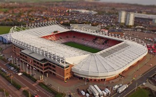 Sunderland: Supporters replace seats at Stadium of Light