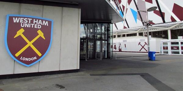 London: West Ham would gladly buy London Stadium, but...