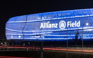 Minneapolis: Allianz Field lights up as record is set