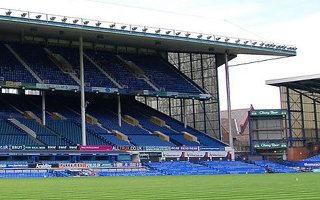 Liverpool: Everton's stadium a year behind plan