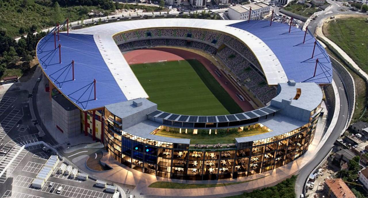 Estadio Dr Magalhaes Pessoa / Leiria
