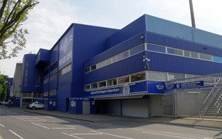 London: QPR threaten relocation to mobilise fanbase against council
