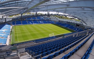 England: Brighton abandoning cash payments at Amex Stadium