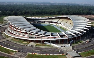 COVID-19 crisis: Stadiums shelter the homeless
