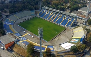 Bulgaria: Dramatic appeal from Levski to cover leaky stand