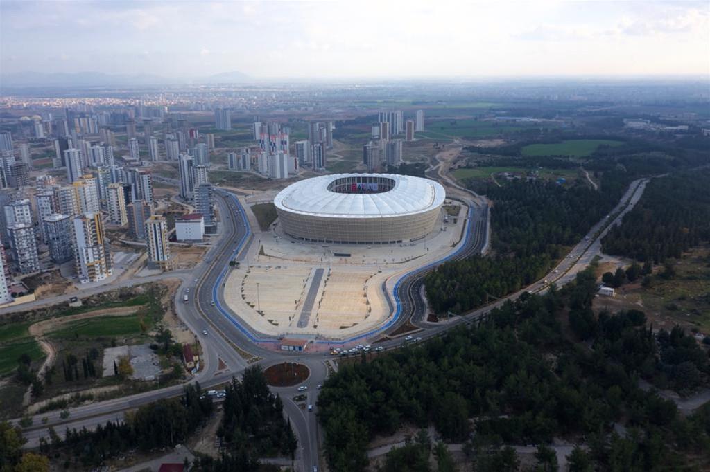 Yeni Adana Stadyumu