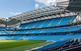 Manchester: City to replace seats with advertising