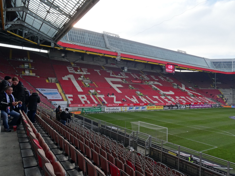 Fritz-Walterr-Stadion