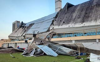 Brazil: Roof collapsed during game