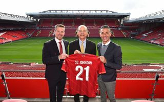 Liverpool: Second life of bottles from Anfield