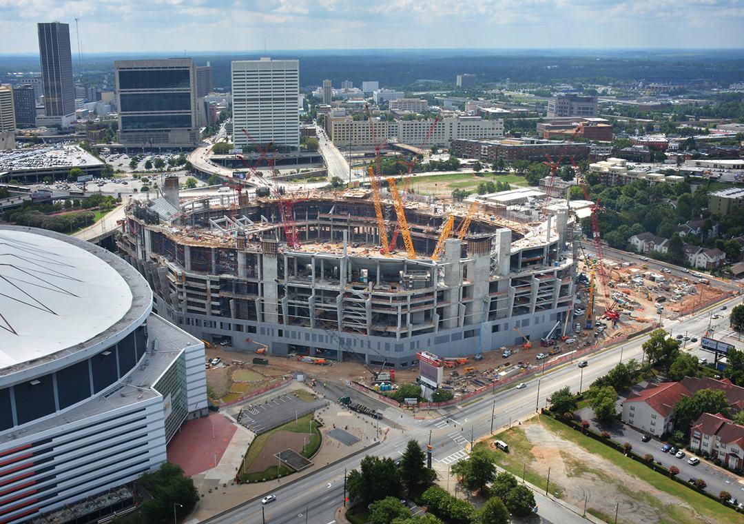 Construction mercedes benz stadium for Falcons mercedes benz stadium