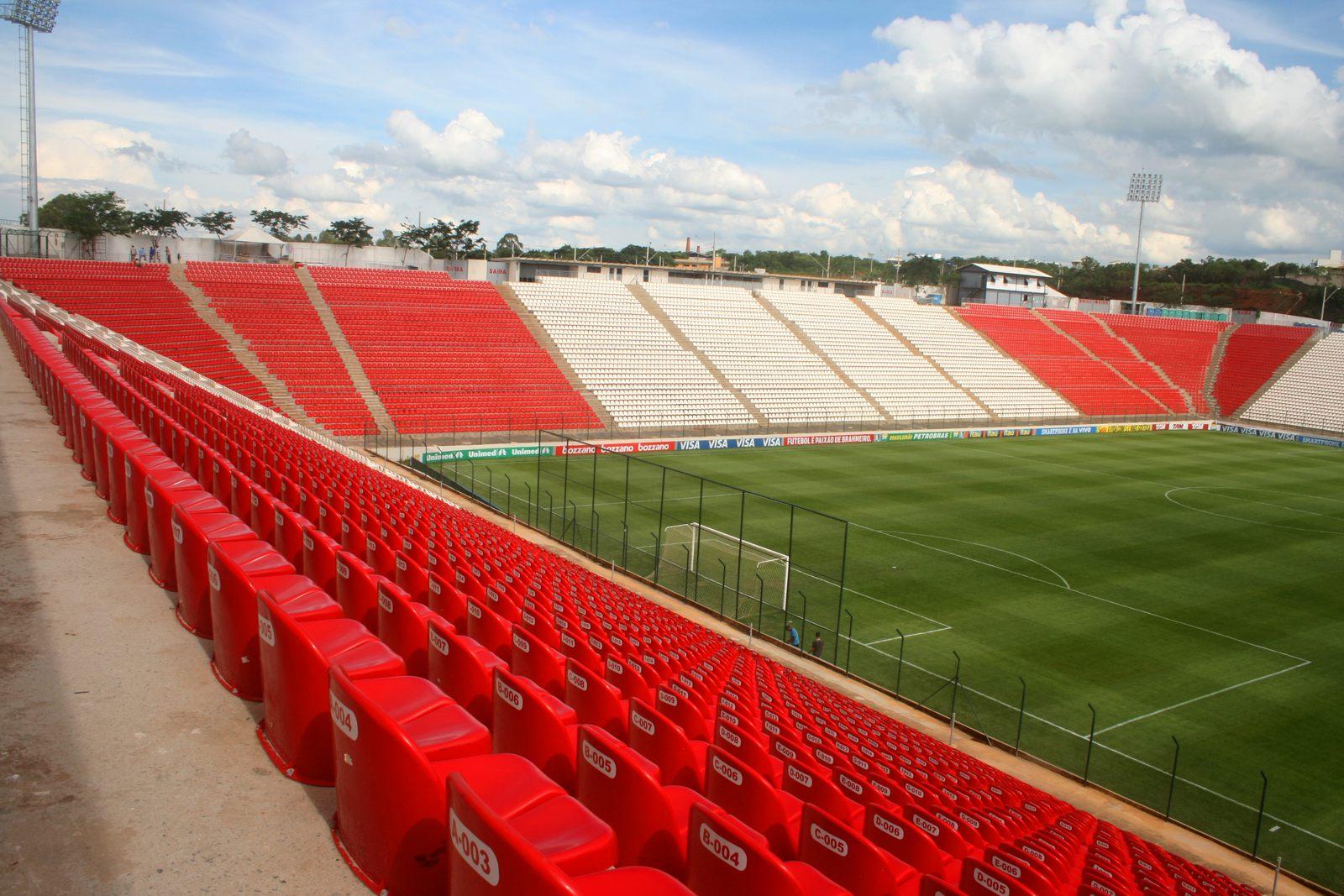 Est dio joaquim henrique nogueira arena do jacar for Estadio arena