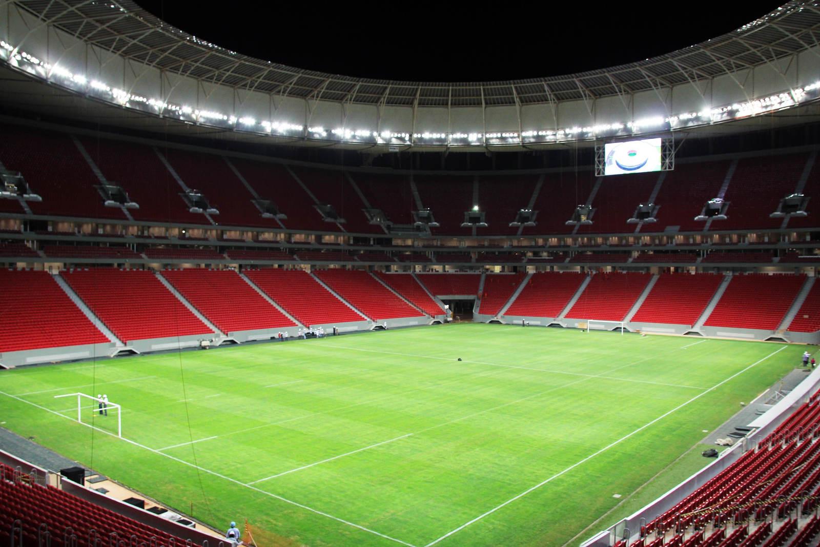 Est dio nacional de bras lia man garrincha for Estadio arena